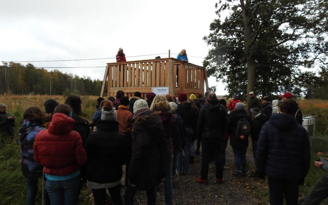 Nytt fågeltorn invigt på Utö